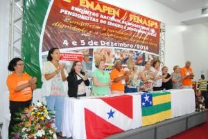 Em um ato simbólico comemorativo aos 30 anos da Fenasps completados em 2014, representantes dos sindicatos e oposições estaduais cantaram 'Parabens pra você'